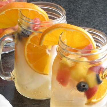 Summer Sipper Sangria Recipe | SideChef