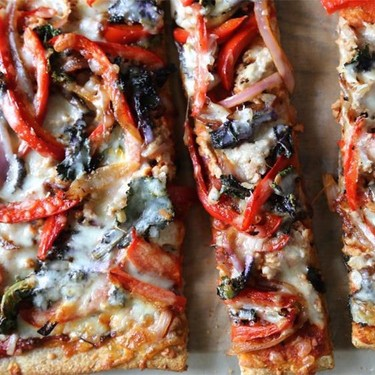 Whole Grain Kalette Pizza with Grilled Chicken Recipe | SideChef