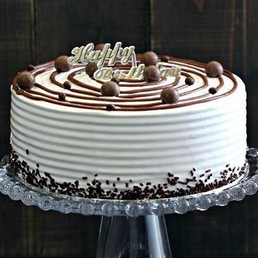 Vanilla Ice Cream Cake Recipe | SideChef