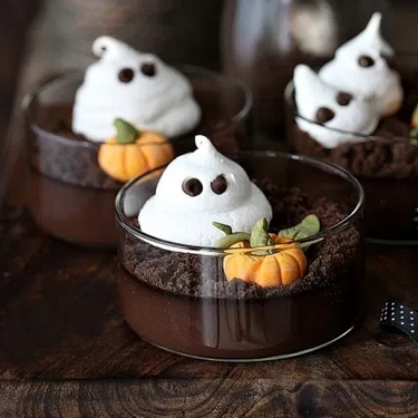 Dark Chocolate Halloween Pudding Recipe | SideChef