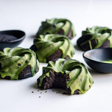 Matcha Glazed Black Sesame Bundt Cakes Recipe | SideChef