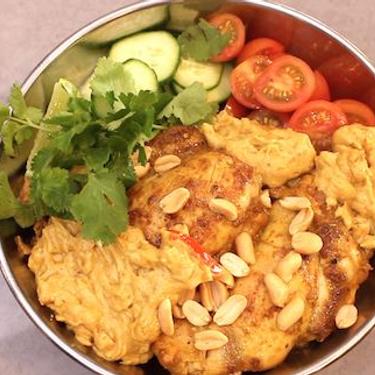 Keto Satay Chicken Bowl Recipe | SideChef