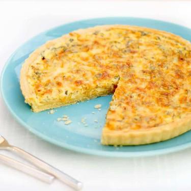 Caramelised Onion & Rosemary Quiche Recipe   SideChef