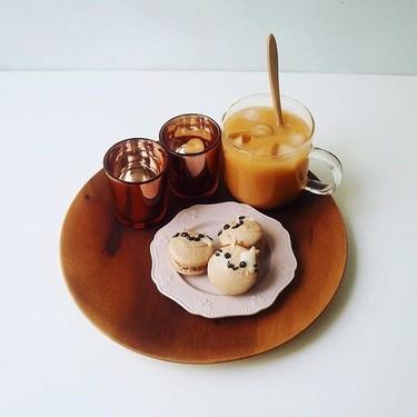 Easy Thai Milk Tea Kitty Macarons Recipe | SideChef