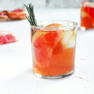 Foolproof Grapefruit Bourbon Ice Tea Recipe | SideChef
