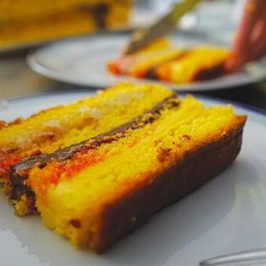 Layered Sponge Cake Recipe | SideChef