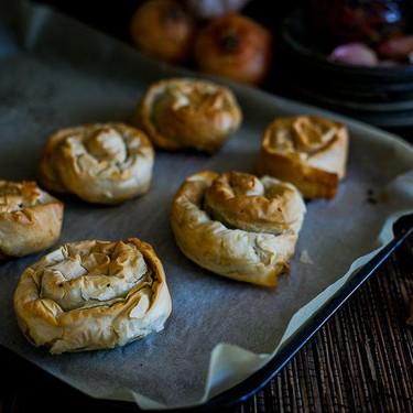 Spinach & Hummus Filo Pastry Spirals Recipe   SideChef