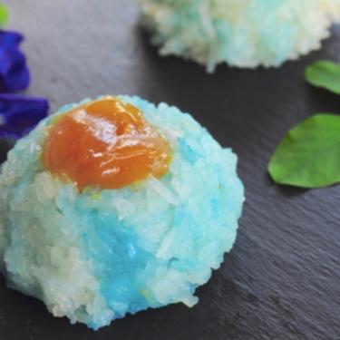 Pulut Tai Tai (Blue Glutinous Rice Cakes) 蓝花咖椰糯米糕 Recipe   SideChef