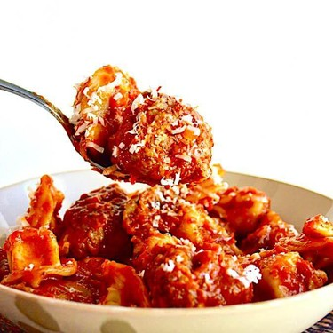 Sausage Sage Meatballs with Tortellini Recipe | SideChef