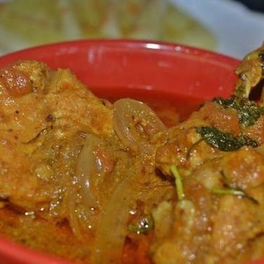 Dhaba Chicken Curry Recipe | SideChef