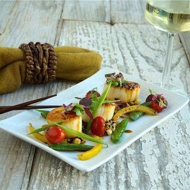 Pan Seared Sea Scallops with Forbidden Rice Recipe | SideChef
