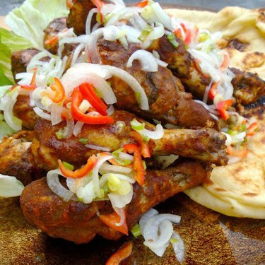 Tandoori Styled Chicken Drumsticks with Pickled Onions and Naan Recipe | SideChef