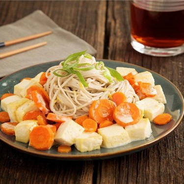 Miso-Sesame Soba Noodles with Tofu and Carrots Recipe | SideChef