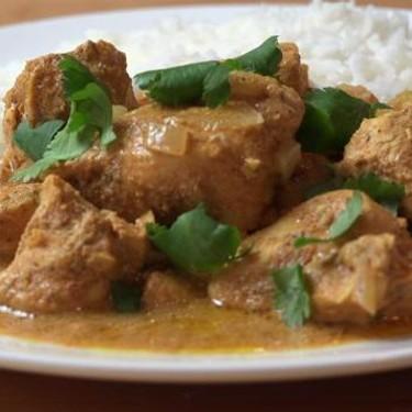 Easy Slow Cooker Butter Chicken Recipe | SideChef
