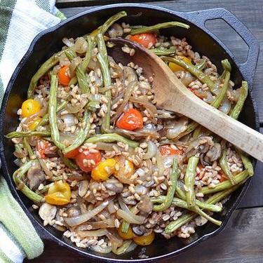 Roasted Vegetable & Caramelized Onion Farro Salad Recipe   SideChef