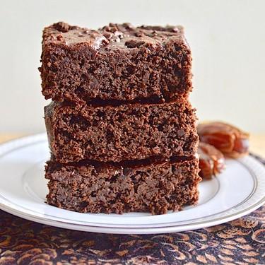 Healthy Date Brownies Recipe | SideChef