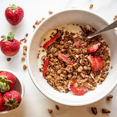 Crunchy Granola with Flax and Sunflower Seeds Recipe | SideChef