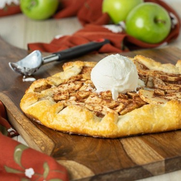 Apple Galette with Almond Pastry Recipe | SideChef