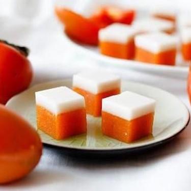 Persimmon and Cream Gummy Lollies Recipe | SideChef