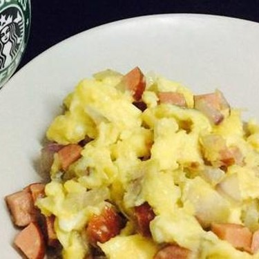 Scrambled Eggs with Onion and Sausage Recipe | SideChef