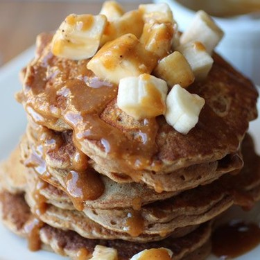 Peanut Butter Banana Oat Pancakes with Magic Sauce Recipe | SideChef