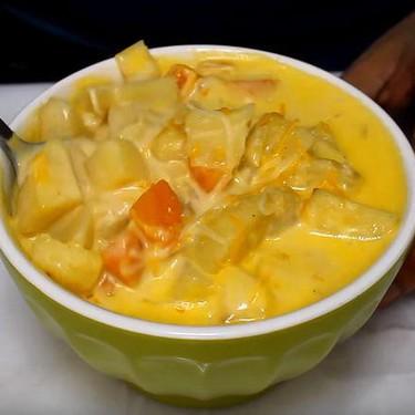 Slow Cooker Potato Cheddar Soup Recipe | SideChef
