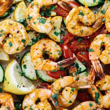 One Pan Roasted Spicy Garlic Shrimp Recipe | SideChef