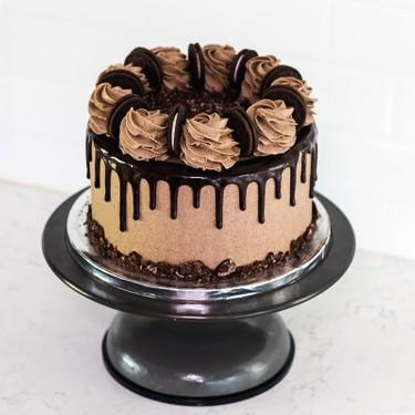 Cookies and Cream Cake with Chocolate Drip Recipe   SideChef