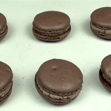 Nutella Chocolate Macarons Recipe | SideChef