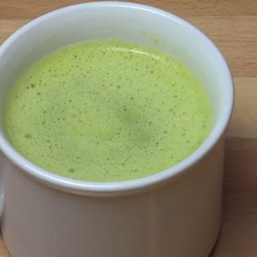 5 Minute Pea and Pesto Soup Recipe | SideChef