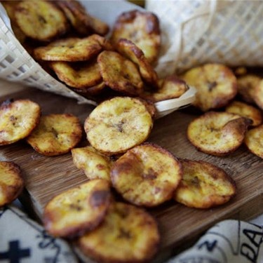 Maple, Cinnamon & Cayenne Baked Plantain Chips Recipe | SideChef