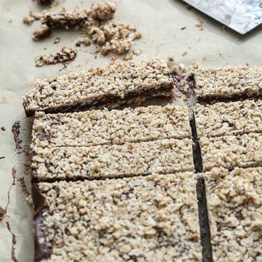 No Bake Chocolate Peanut Butter Granola Bars Recipe | SideChef