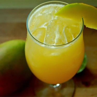 Mango Cocktail Recipe | SideChef