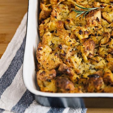 Classic Thanksgiving Stuffing Recipe | SideChef