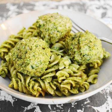 Asiago Spinach Chicken Meatballs Recipe | SideChef