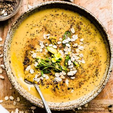 Vegan Chai Spiced Chia Smoothie Bowls Recipe | SideChef