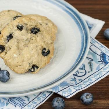 Blueberry White Chocolate Oatmeal Cookies Recipe   SideChef