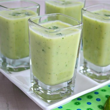 Chilled Avocado and Cucumber Soup Shooter Recipe | SideChef
