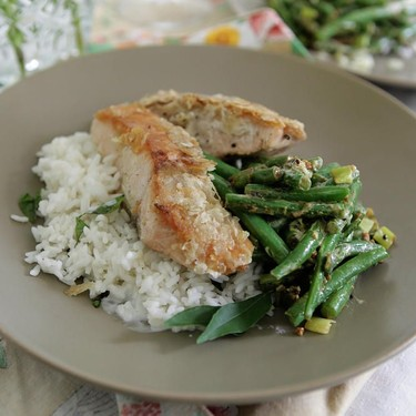 Poha Crusted Salmon with Green Beans and Rice Recipe   SideChef