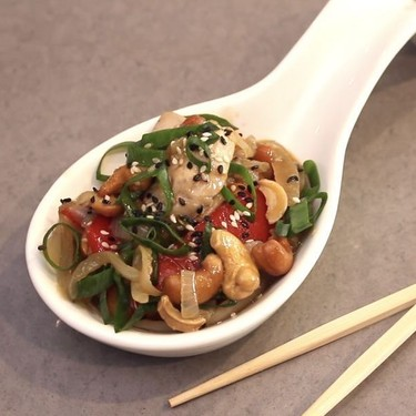 Keto Cashew Chicken Recipe | SideChef