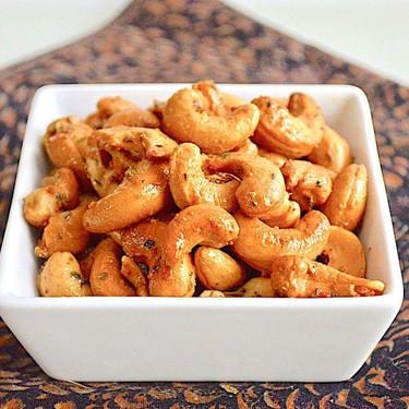 Parmesan Herb Roasted Cashews Recipe | SideChef