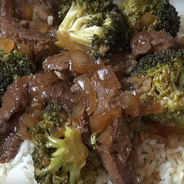 Slow Cooker Beef and Broccoli Recipe | SideChef