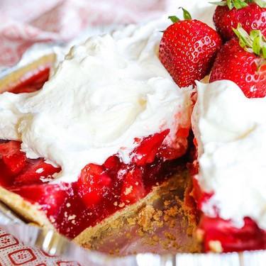 No-Bake Fresh Strawberry Pie Recipe | SideChef