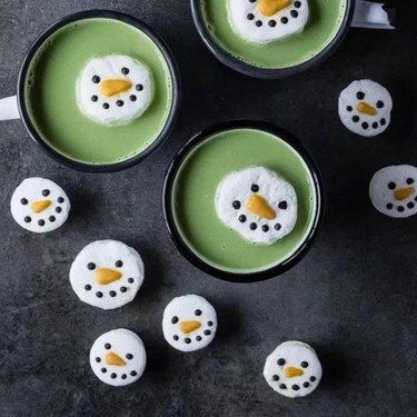 Matcha Hot Chocolate with Snowman Marshmallows Recipe | SideChef