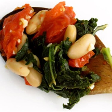 Braised Kale with White Beans and Tomato Recipe | SideChef