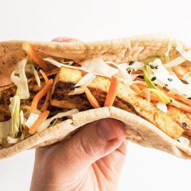 Vegan Sriracha Banh Mi Pita Recipe | SideChef