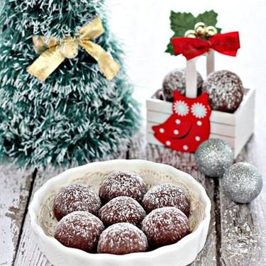 Chocolate Snowball Cookies Recipe | SideChef