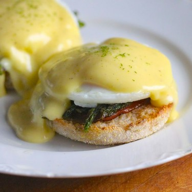 Eggs Benedict with Grilled Asparagus Recipe   SideChef