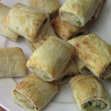 Sweet Chilli Chicken Sausage Rolls Recipe   SideChef