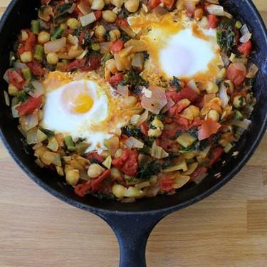 Veggie and Garbonzo Bean Shakshuka Recipe | SideChef